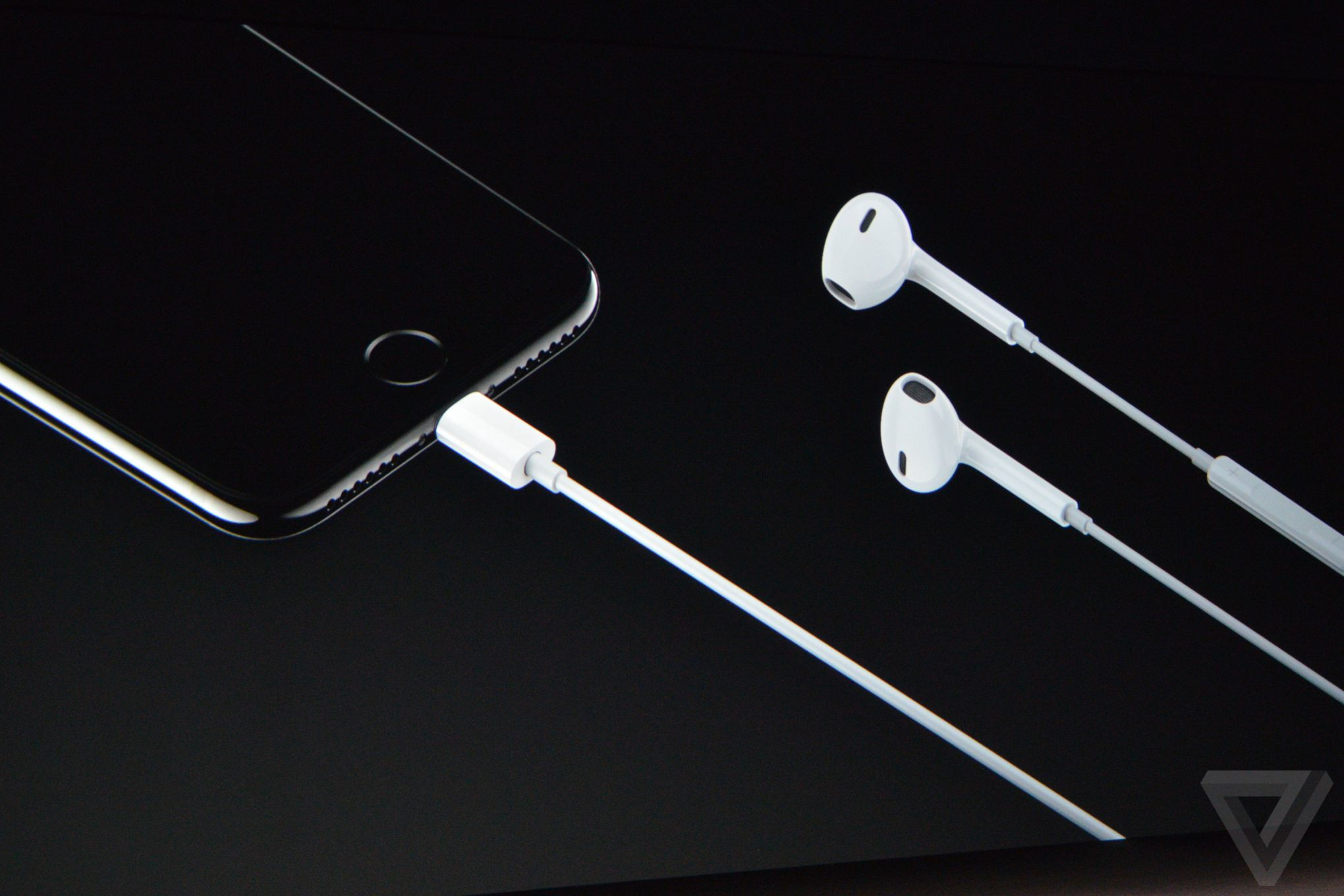 earpods-with-lightning