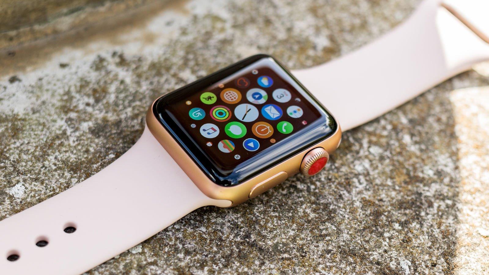 У часов такой же номер, как у iphone, поэтому вам не придётся сообщать новый номер всем родным, друзьям и коллегам.