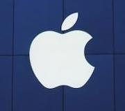 Apple возвращает позиции.