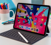 Apple готовит новые дисплеи для iPad и MacBook.