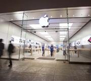 Apple Store откроются в апреле.