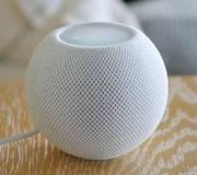 Apple представила HomePod mini.