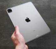 Будущие iPad могут получить новый материал корпуса.