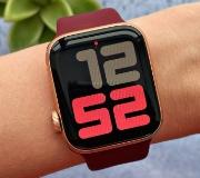 Apple изменила комплектацию Apple Watch SE.